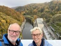 2020 10 25 Stausee Ottenstein auf der Staumauer des Pumpspeicherkraftwerk Ottenstein