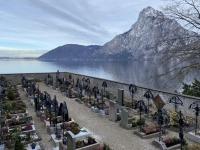 Friedhof mit Traunstein