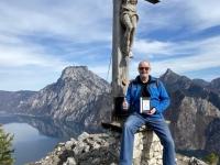 Gipfelkreuz mit Gipfelbuch