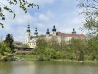 Schönes Anblick des Puchheimer Schlosses