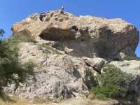 2021 05 24 Patmos Felsen Kallikatsou am Petra Strand Besteigung