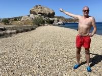 2021 05 24 Patmos Felsen Kallikatsou am Petra Strand_dort war ich oben