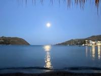 2021 05 25 Patmos Mondaufgang während dem Abendessen
