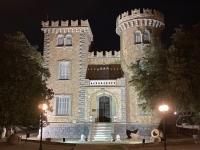 2021 05 26 Leros Bellenis Tower bei Nacht