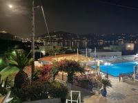 2021 05 26 Leros Hotel Saraya Resort Nächtlicher  Blick von Terrasse
