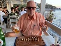 2021 05 29 Kalymnos Abendessen in Melitsachos perfekte Spareribbs nachher