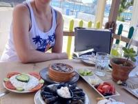 2021 06 01 Kos Mittagessen in Strandtaverne
