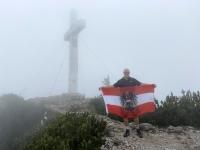 Gipfelsieg im Nebel