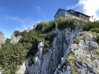 Letzter Blick auf die Gmundner Hütte vor Abstieg