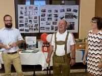 Ansprache von Werner mit Pius Chef und seiner Betreuerin Inge Sattlberger
