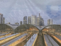 2021 08 08 Frankfurt Hauptbahnhof auf Transparent