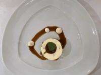 Dessert Pralinenparfait und Espresso Topping