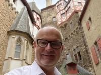 2021 08 19 Burg Eltz Innenhof