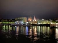 2021 08 19 Vorbeifahrt in Mainz mit Dom bei Nacht