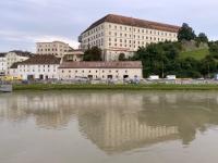 2021 08 26 Linz Schloss vom Schiff aus