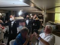 Galaabendessen Nachspeise Baked Alaska Eisparade