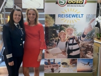 Kreuzfahrtdirektorin Erika Agoston mit Kollegin Dagmar