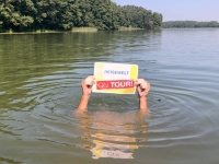 2019 08 25 Masurensee Sawinda Wielka Reisewelt on Tour geht baden