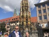 2020 08 26 Nürnberg Schöner Brunnen Reisewelt on Tour