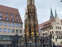 2021 08 24 Nürnberg schöner Brunnen Reisewelt on Tour mit Dagmar