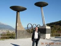 2008 10 26 Gardasee ASVOÖ Klausur Heimfahrt  Innsbruck Berg Isel olympische Ringe
