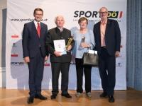 2019 06 27 Landessportehrenzeichen Silber Pauline Berndorfer und Gold Hans Reizl