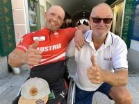 2021 06 03 Paracycling EM in Schwanenstadt Nach dem Rennen Gratulation zum Europameister