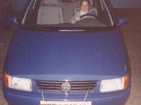 1995 01 02 VW Polo blau geholt