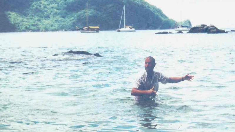 Trinidad und Tobago 07 09 1999 Tobago Man o war Bay