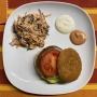 2020 11 07 Burger mit Coleslaw