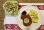 2020 11 15 Wiener Surschnitzerl mit Petersilkartoffeln und Endiviensalat