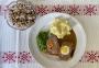 2020 12 06 Faschierter Braten mit Senfsauce und Erdäpfelpüree Erbsen Bohnensalat