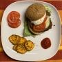 2021 02 16 Linsen Burger mit Süßkartoffelchips und Knoblauch Kräuterdip