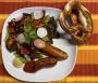 2021 05 05 Hühnerkäsekrainer mit gemischten Salat