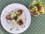 2021 05 10 Schweinsmedaillons auf Spargel Bärlauchrisotto mit Salat