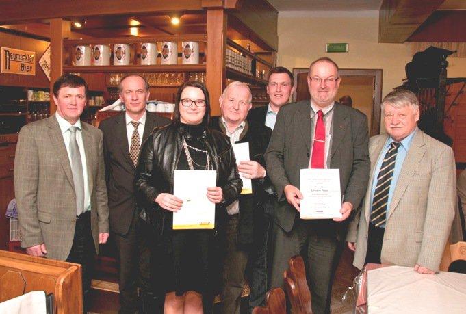 2012 03 20 Silbernes Ehrenzeichen des ÖAAB beim ÖVP Parteitag in Kallham