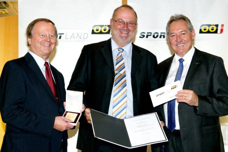 2012 09 10 Konsulent der OÖ Landesregierung für das Sportwesen mit LR Viktor Sigl und LSD Alfred Hartl