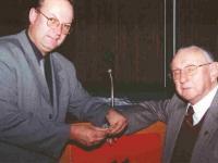 2000 04 13 Ehrenring in Gold von MR Dr. Josef Lehner