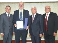 2018 07 10 Auszeichnung Jubiläum 35 Jahre RLB OÖ mit GD Dr Heinrich Schaller