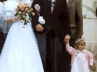 1986 05 10 Kirchliche Hochzeit vor Kirche