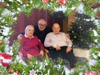 2018 12 24 Weihnachtsfeier im Altersheim Grieskirchen Geschenkfoto