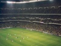 2002-04-10-cl-real_fcb-2_0-bernabeu-stadion-volle-ränge