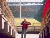 2004-09-18-borussia-dortmund_fcb-2_2-stutz-im-stadion
