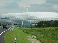 2005-05-31-eröffnung-allianz-arena-weiss-im-ganzen