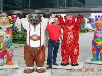 2005 08 20 Besichtigung Allianz Arena mit Ingrid und 4 Tage München mit Berlin Bären