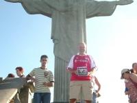 2007-06-17-stutz-und-fcb-am-corcovado-in-brasilien