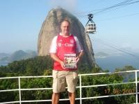 2007-06-17-stutz-und-fcb-am-zuckerhut-in-brasilien
