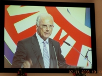 2008-11-07-jhv-fcb-perfekter-und-lustiger-präsident