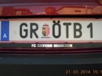 2014 03 21 Wunschkennzeichen mit FCBayern Tafelhalte0rung hinten