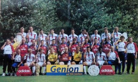 2000 08 13 Mannschaftsfoto 2000 2001